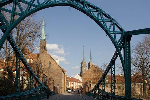 Wroclaw, Poland, Ostrów Tumski, Dom Bridge