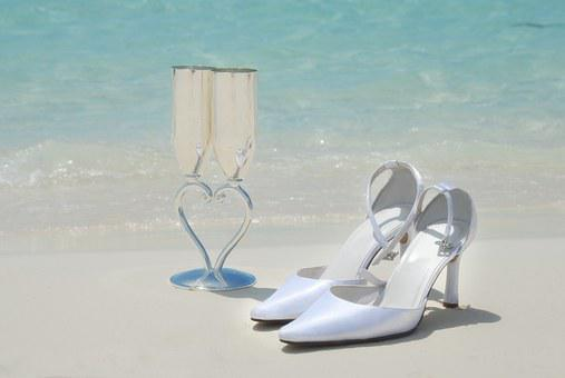 Bridal Shoes, Wedding Glasses, Beautiful Beach