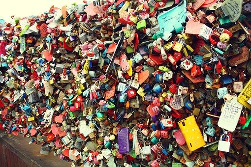 Key, Lock, Locking, Love, Promise, Lovers, Seoul
