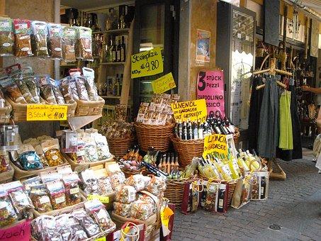 Limone Sul Garda, Alley, Music, Domestic Products