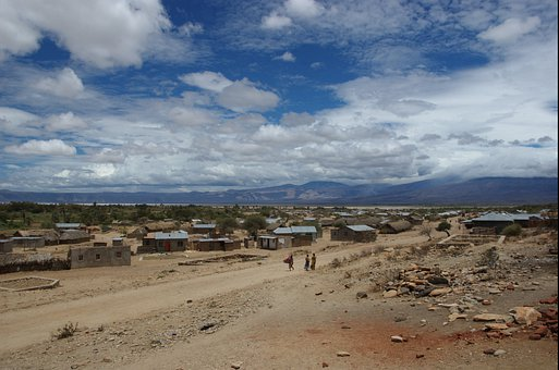 Mangolacsíni, Small Town, The Dried Up Lake Eyasi