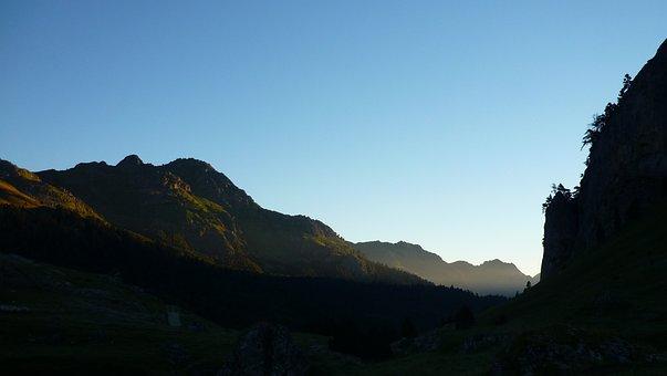 Pyrénées, France, Sun Rise, Mountain