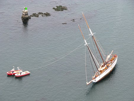 Ships, Floundering, Aground, Helpless, San Juan Islands
