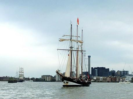 River, Thames, Ship, Sail, Masts, City, Uk, Tall