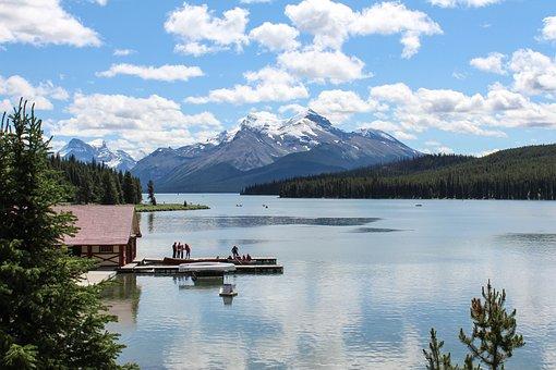Maligne Lake, Jasper, Alberta, Canada, Park, Maligne