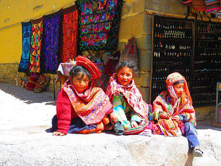 Children, Tipic Clothes, Peru, People