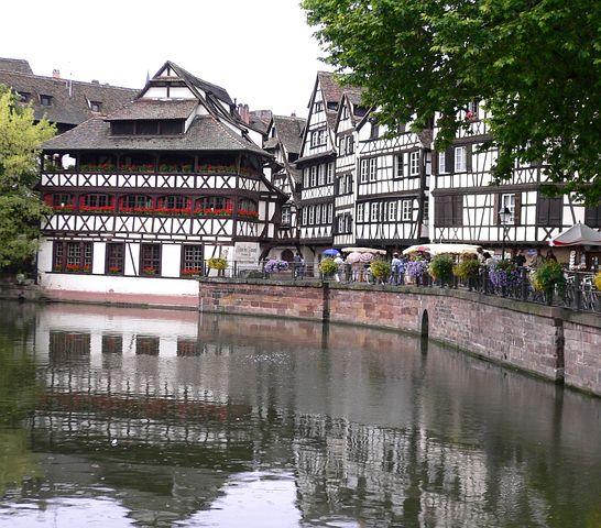 Fachwerkhäuser, River Ill, Truss, Strasbourg, France