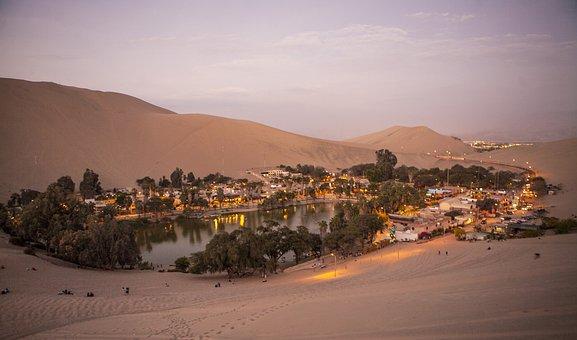 Peru, Huacachina, Sandboarding, Oasis Of Huacachina