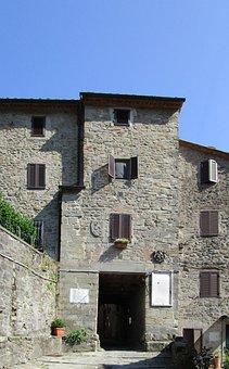 Castelvecchio, Pescia, Tuscany