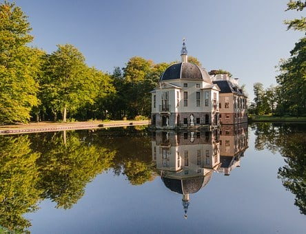 House, Estate, Mansion, 17th Century, Building, Pond