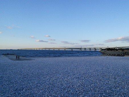 Kansai Airport Access Bridge, Rin Rinku Town