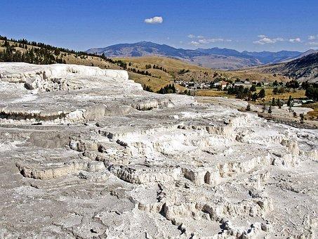 Thermal Springs, Mammoth Hot Spring, Limestone