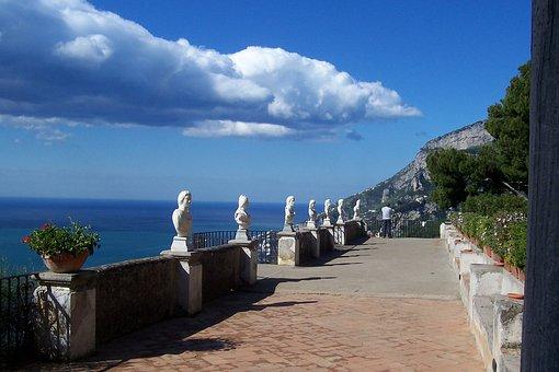 Italy, Sorrento, Villa Cimbrone, Amalfi Coast, Ravello