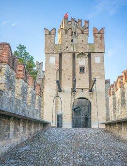 Scaliger Castle, Lake Garda, Gate, Castle Entrance