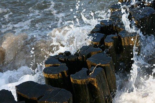 Baltic Sea, Wood, Spray, Wave, Beach, Old, Weathered