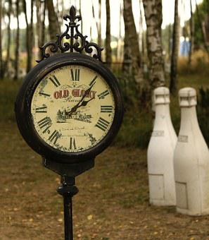 Clock, Old Clock, Antique, Clock Shield, Park