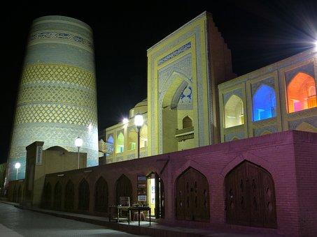 Khiva, Evening Kalta Minor, Short Minaret, Lighting