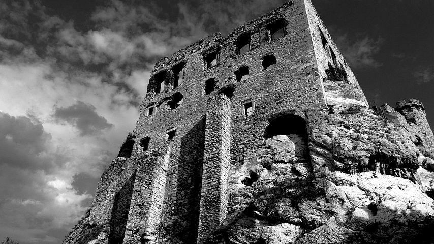 Ogrodzieniec, Poland, Castle, Monument, Crash