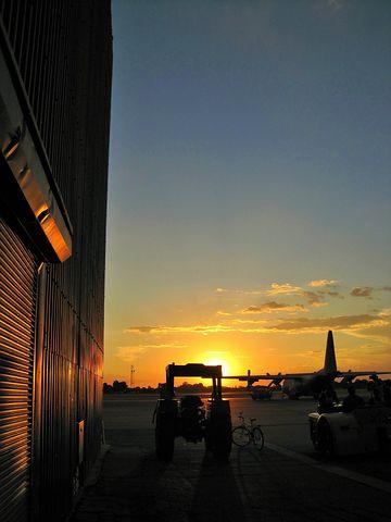 Sunset, Hanger, Door, Tractor, Towing, Glow