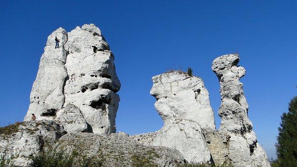 Poland, Ogrodzieniec, Jura Krakowsko Częstochowa, Rocks
