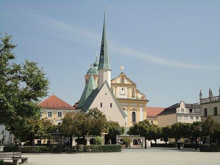 Altötting, Churches, Grace Chapel, Kapellplatz