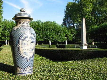 Castle Park Groussay, Montfort-l'amaury, France