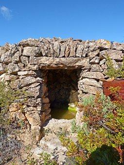 Cistern, Water, Stone, Rustic, Priorat