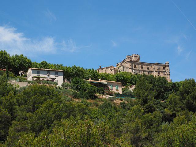 Concluded Le Barroux, Castle, Le Barroux, Building