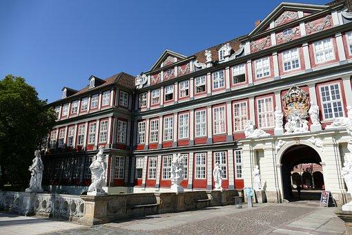 Wolfenbüttel, Castle, Architecture, Stone Figures