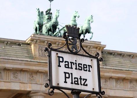 Paris Burst, Brandenburg Gate, Berlin, Architecture
