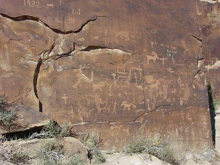 Petroglyphs, Nine-mile Canyon, Carbon County, Utah