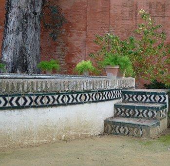 Jardines Reales Alcázares, Seville, Garden