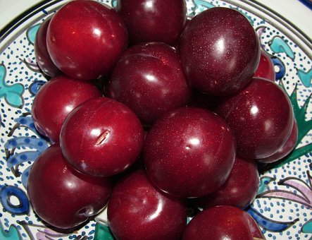 Plums, Digestion, Fruit, Health, Vegetarian, Snack