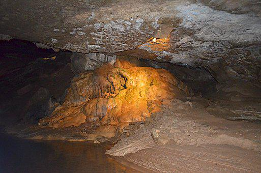 Bowling Green Kentucky, Lost River Cave, Landmark