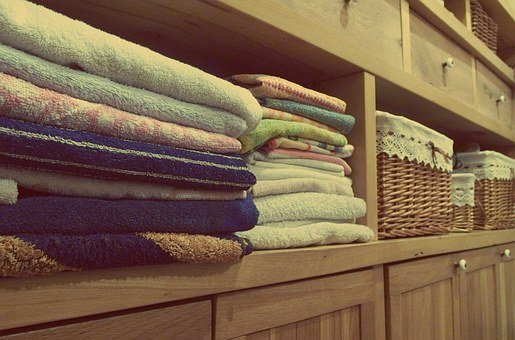 Towels, Dresser, Cupboards, Room, Decor