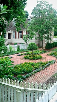 Colonial, Garden, Walkway, Home, House, Gardening