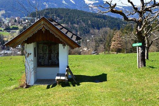 Wayside Cross, Kitzbühel, Spring