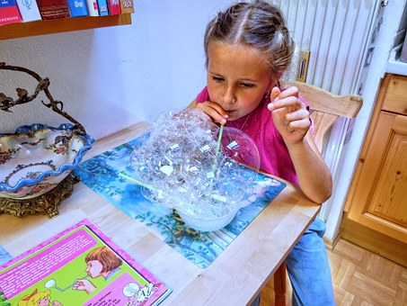 Soap Bubbles, Child, Giant Soap Bubbles, Play, Girl