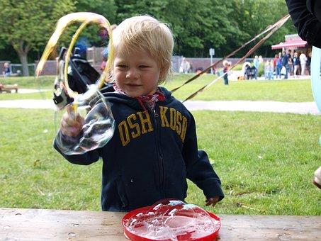 Children, Soap Bubbles, Play Outside, Make Soap Bubbles