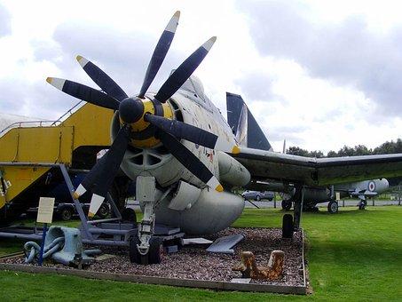 Fairey Gannet A E W 3 Xl472, Ark, Double Nose Propellor