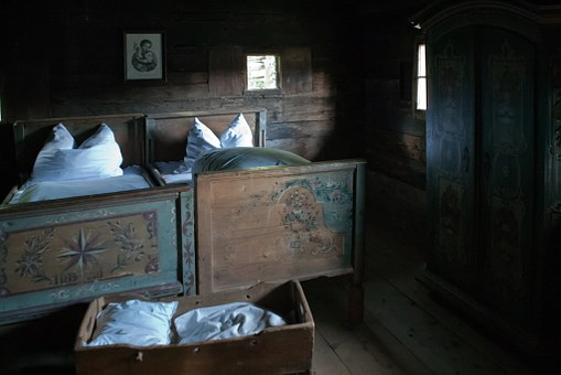 Farmhouse, Bedroom, Old, Hand-painted Beds, White Linen