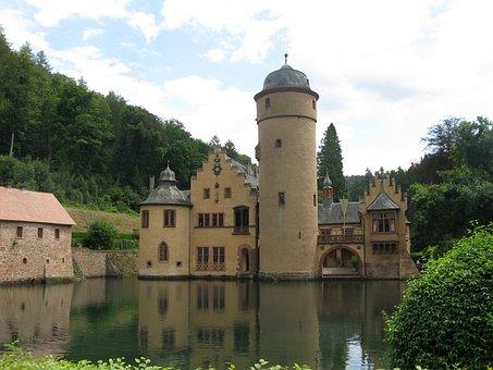 Moated Castle, Mespelbrunn, Spessart, Lake