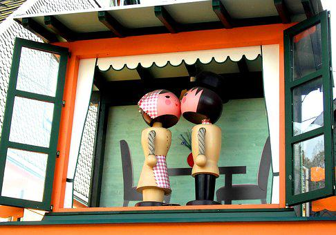 Wooden Figures, Man, Woman, Kiss, Turned, Painted, Folk