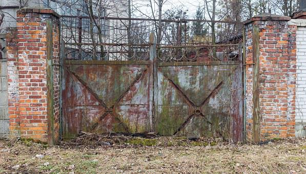 Gate, Old, Passage, Plant, Tail Carried Curled, Rusty