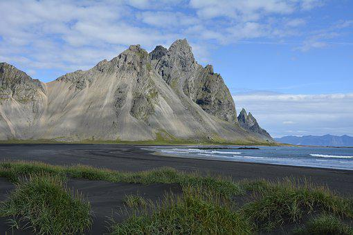 Vestrahorn Mountain, Black Beach, Stokksnes, At Höfn