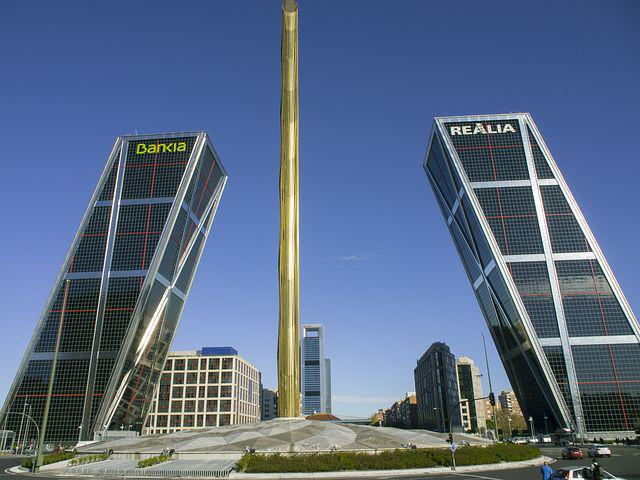 Leaning Towers, Madrid, Buildings