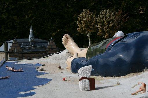 Gulliver, Beach, Beach Chair, Foot, Swimmer, Sand