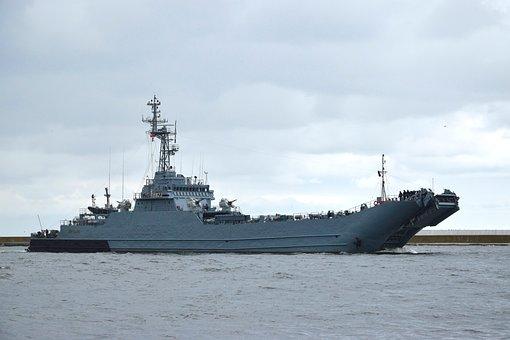Warship, Battleship, Freighter, Militaria, Mine Sweeper