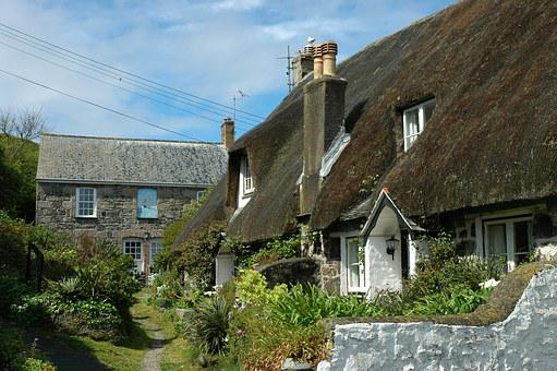 England, Cornwall, Thatched Roof, Cottage, Garden