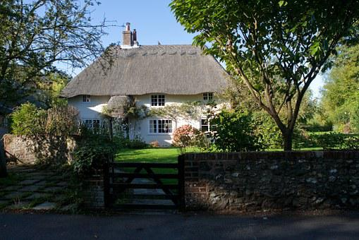 Cottage, English, Country, Thatched Straw Roof